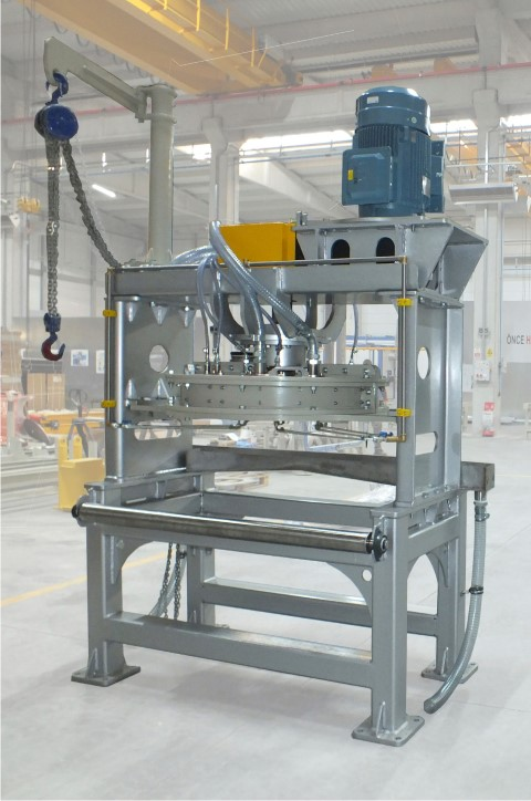 Mixer of plasterboard plants